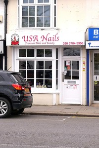 USA Nails, small shop with bay window
